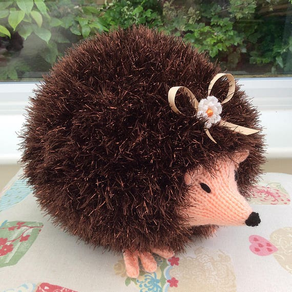 Tinsel Hedgehog Knitting Pattern : Knitted brown Tinsel Hedgehog / knitted soft toys / soft
