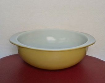 Vintage Pyrex 024 Pineapple  2 QT. Round Bowl With Handles - Casserole Dish - Serving Bowl - Ovenware - Made In USA - Mustard Pyrex - 70's