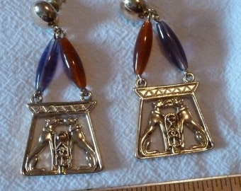 Vintage - Egyptian Kissing Dogs (Anubis) Costume Jewelry Earrings