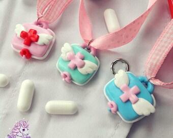 Heavenly Nurses first aid kit necklace menhera yumekawaii