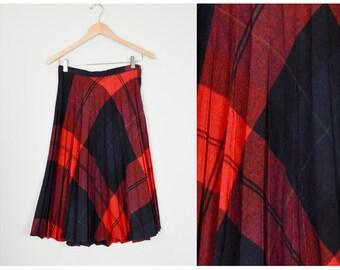 Vintage Wool Tartan Skirt, Vintage Clothing, Pleated Tartan, Holiday Plaid Skirt, Midi Tartan, 27, Retro, School, Red Tartan