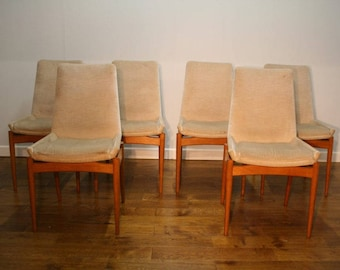 Set of 6 Robert Heritage teak dining chairs.