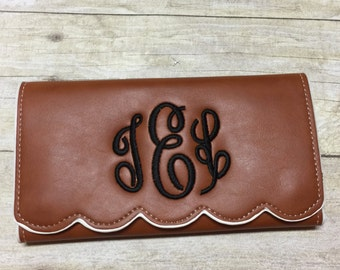 Personalized Monogrammed Faux leather scalloped wallet, Valentines GIFT for her