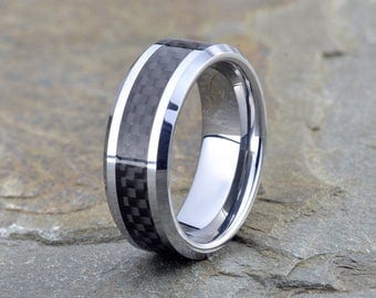 Tungsten Wedding Band, Anniversary Ring, Men's Tungsten Ring, Carbon Fiber inlay, Polished Tungsten Wedding Ring, Mens Carbon Ring