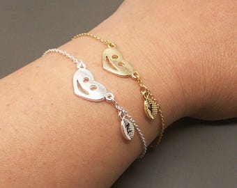 Smile Face Bracelet, Smiley Face Bracelet, Personalized Initial Bracelet, Happy Face Bracelet, Smile Bracelet, Bridesmaid Bracelet BB575