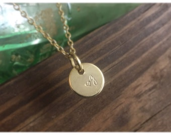 Personalized Silver Circle Initial Necklace , Custom Initials Silver Charm Pendant , Disc Letter Necklace