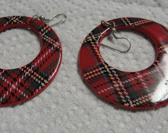 Mad About Plaid Rings Dangle Pierced Earrings