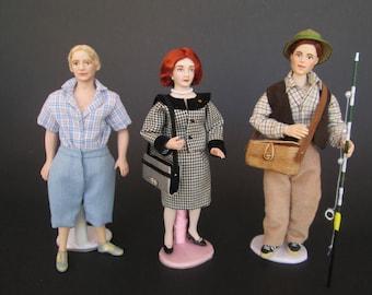 Miniature MODERN handmade doll in 1:12 scale for dollhouse by Paola&Sara Miniature - Dolls, dollshouse, 1/12