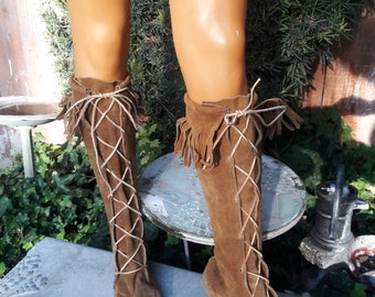 Vintage 1960s Hippie Suede Knee High Fringe Leather Moccasins Boots Size 10