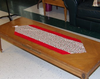 Cranberry Table Runner