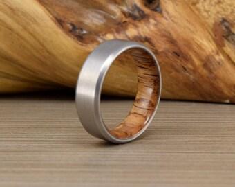 Titanium & Red Oak Wedding Band // Mens Wedding Ring // Women's Ring // Unique Wedding Band