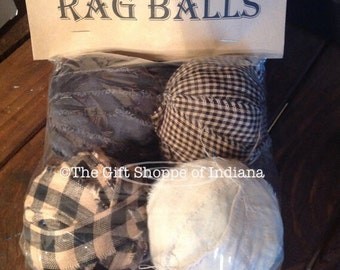 Primitive Rag Ball Bowl Filllers (Black and Cream)