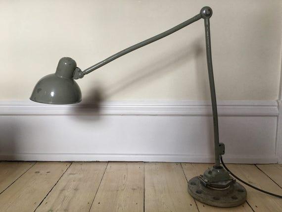 Christian Dell Idell Kaiser Jdell original Bauhaus engineers lamp model 6726
