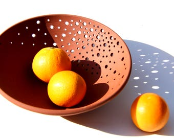 Modern pottery fruit bowl (medium) - ceramic terra-cotta fruit bowl by Curve Ceramics