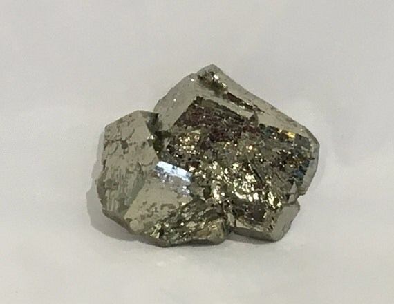 Beautiful Raw PYRITE CLUSTER Healing Gemstone// Pyrite// Fools Gold// Raw Crystals// Healing Tools// Healing Crystals// Home Decor