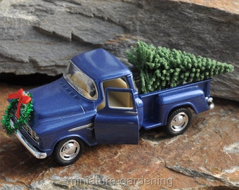 Holiday Truck Decorations for Miniature Garden, Fairy Garden