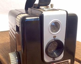 Vintage Kodak Brownie Hawkeye Camera, Flash Model, c. 1949