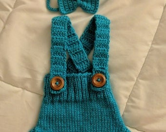 Hand Knit Diaper Cover and Bow in Blue Photo Prop, *Free shipping