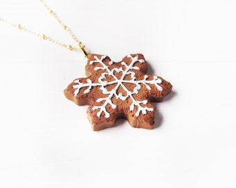 Elfi Handmade Cute Christmas Snowflake Cookie Necklace, Cookie Jewelry, Mini Cookie Necklace, Kawaii,perfect for Christmas gifts