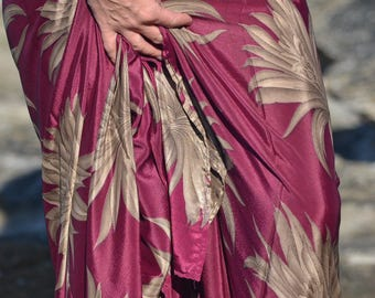 Maroon beach sarong / wrap /scarf with large beige flowers - 'Dwarka Maroon'