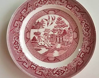 "Pink willow dinner plate by Homer Laughlin // blue willow // Chinoiserie// pagoda // China // 9"" plate"