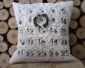 "Christmas Countdown Homemade Couch Pillow (14"" x 14"") - Insert Included - Grapevine Wreath Included"