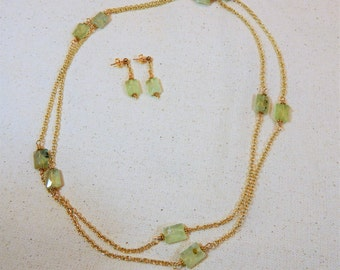 Green Prehnite and Gold Chain Lariat Necklace (N82)