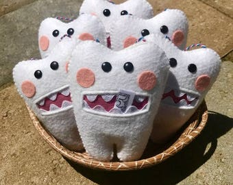 Tooth Fairy Pillow, Wool Felt, Handmade Felt Tooth Fairy Pillow, Tooth Keeper