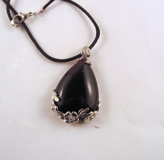 Onyx Rose tear drop Necklace: Natural Crystal Pendant, Stone Jewelry