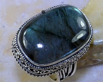Top Quality Blue Fire Labradorite Sterling Silver Ring Size 8 3/4