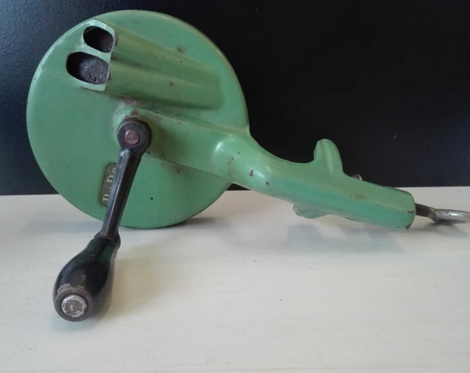 Vintage Dutch PEDE Bean slicer