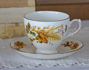 Vintage teacup set - Queen Anne - England -  Fall leaves design - English Fine Bone China Tea Cup Set