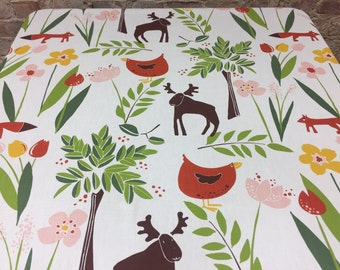 White flowery tablecloth with elk, foxes and chickens, spring tablecloth, Scandinavian design, swedish style