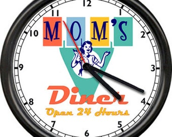 Mom's Diner Open 24 Hours Kitchen Cooking Gift Retro Vintage 1950's Style Sign Wall Clock