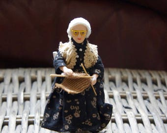 Vintage Collectible Miniature 12th Scale Dolls House Grandma, Old lady, Knitting,Display, Gift, Mother, Sister, Daughter, Friend, UK, Dolls