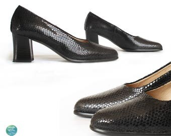 80s Black Patent Heels, Vintage Textured Patent Leather Pumps, Genuine Leather Chunky Heel Shoes, US 6, UK 3.5, EU 36