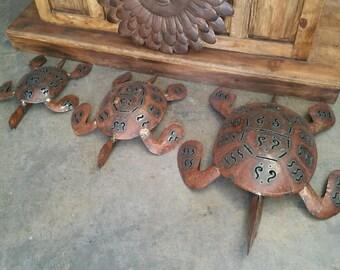 Sea Turtle Set of 3 .     Metal Garden Decor