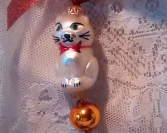 Cat Vintage Mercury Glass Christmas Ornament – Kitty-On-A-String