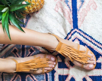 SUMMER LUSH. Leather sandals / barefoot sandals / women shoes /  leather shoes / fringe sandals. sizes 35-43. Available in different colors