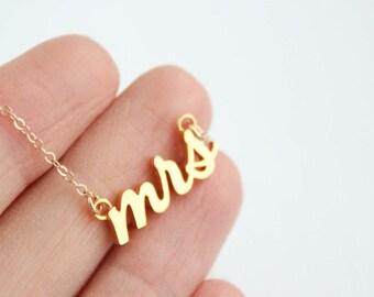 Mrs Necklace, Gold Mrs Necklace, Future Mrs, Mrs, Bridal Shower Gift, Mrs jewelry, Bridal Jewelry, Wedding Jewelry
