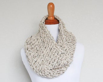 READY TO SHIP - Chunky Knit Cowl, Scarf, Oxygen Cowl, Oatmeal Cowl