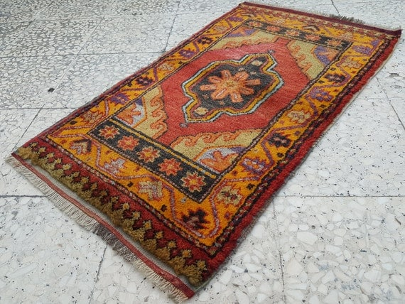 Bohemian Decor Handmade Small Carpet Decorative Red And Orange