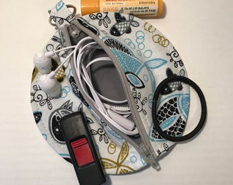 Fish Print with Gray Zipper Earbud Pouch