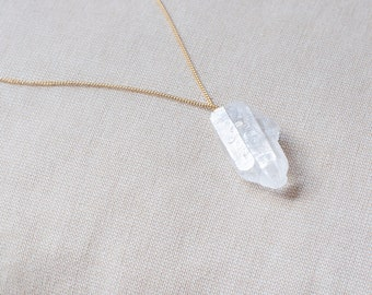 Clear Quartz Necklace Gold Plated Necklace Chain, Heal Crystal Pendant, Chakra Jewelry Crystal Charm Necklace, Delicate Crystal Necklace