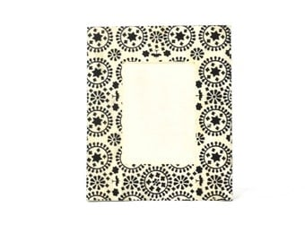 Bone In Lay floral Motif V2M Picture Frame