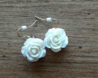 Vintage white rose flower earrings, cream, floral, vintage jewelry