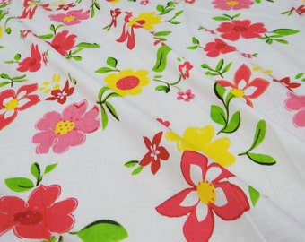 Apparel Fabric Material Cotton Fabric For Sewing Designer Dress Making Fabric White Floral Cotton Printed Sewing Material By 1 Yard ZBC5086