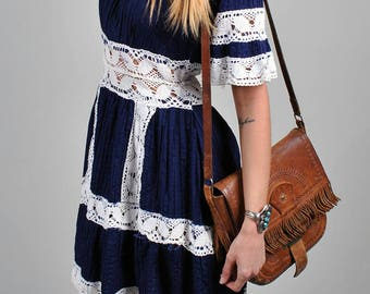Vintage 1970's 'Sweetheart of the Rodeo' Blue and White Crochet Dress S4