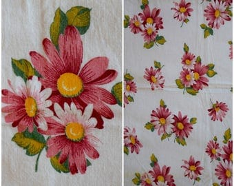 """Vintage Pink Daisy Feedsack Fabric/ 50s Large Floral Print Cotton Flour Sack/ Cottage Chic Farmhouse Quilting Sewing & Material: 41.5""""x 36"""""""