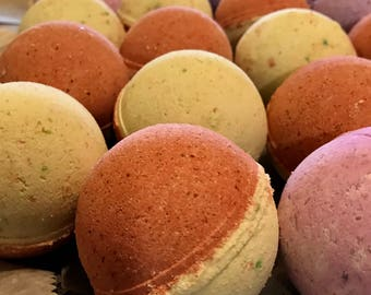 Strawberry Kiwi Bath Bomb/Fizzy, Summer Bath Bomb